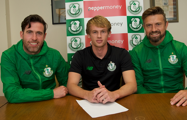 Hoops answer King's call as former Norwich City playmaker signs
